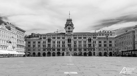 piazza-dell-unita-d-italia