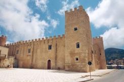 Castello dei Conti di Modica Alcamo.2
