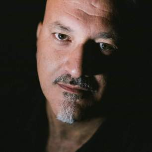 Il poeta Roberto Crinò